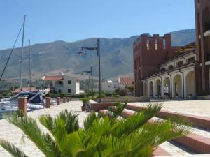 Marina Residenza, Hafenseite