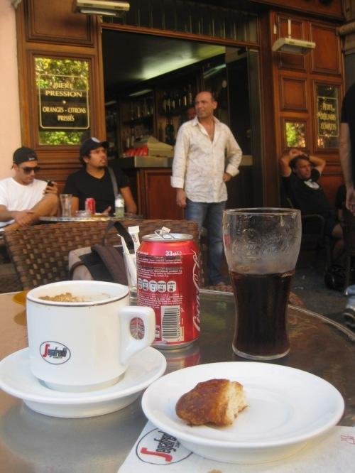 Caf_au_lait_croissant