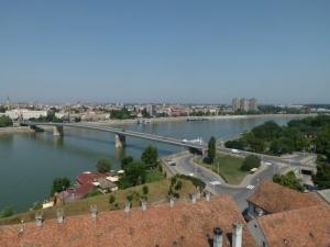 Blick von der Burg Petrovaradin nach Novi Sad