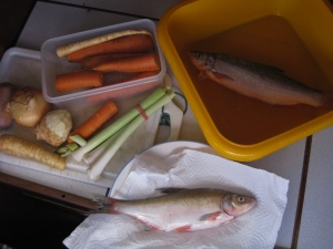 Gemüse rüsten f.d.Fischsuppe