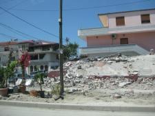 Korruption Abriß der ohne Kommission erbauten Häuser (3)