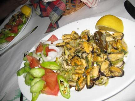 Sarande (13)Muscheln aus Butrinti.bei Fredi