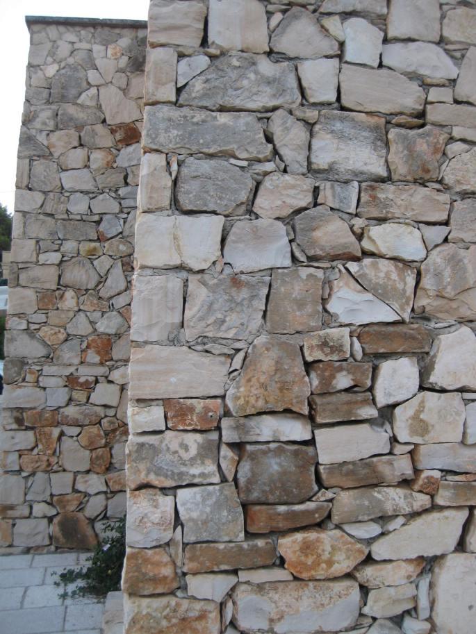 Maurer-Handwerk Stein auf Stein (2)