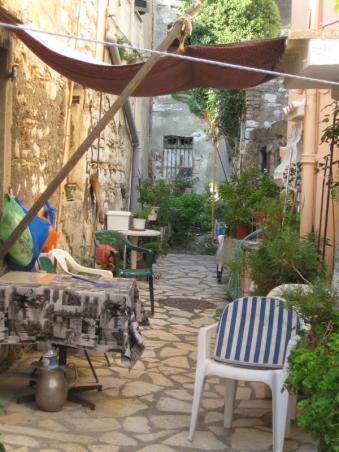 In Korfus Gassen