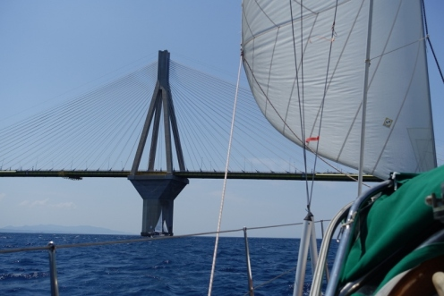 Die Brücke zum Peloponnes