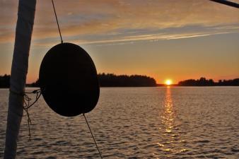 Der Ankerball vor Sonnenuntergang um 22.50 Uhr (Copy)