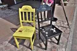 In Uusikaupunki stehen überall Stühle (Copy)