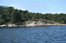 Ankern von Felsen umgeben (Copy)