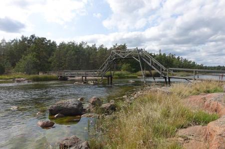 Die Brücke, hoch für Bootsdurchfahrt (Copy)
