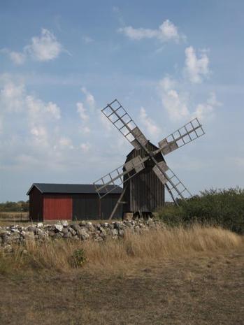 IMG_5893-Mühle zum Mahlen der Körner (Copy)
