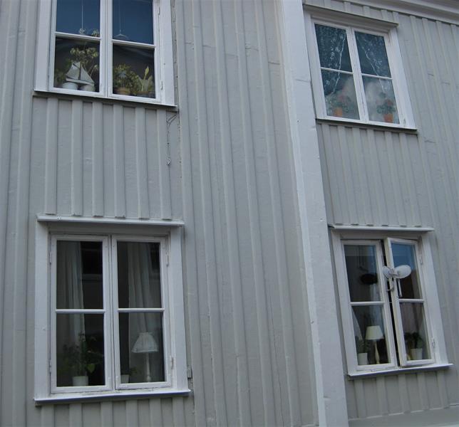 Västervik, Altstadt typisch die Lampen im Fenster(14) (Copy)