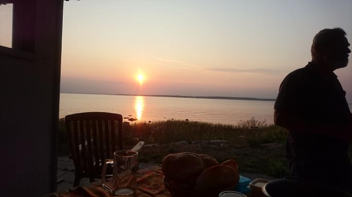 Zum Abendessen+Sunset ans Ufer.. (6)