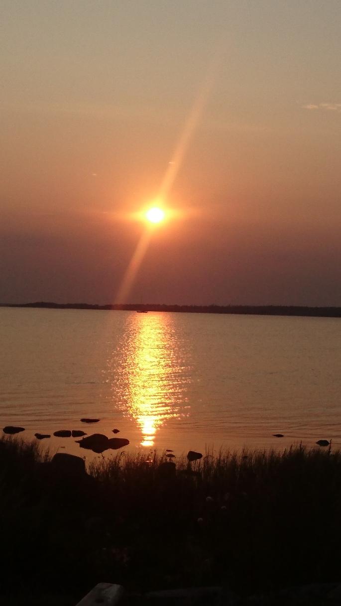 Zum Abendessen+Sunset ans Ufer.. (7)