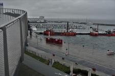 Der Hafen vom kühn geschwungenen Steg aus (Copy)