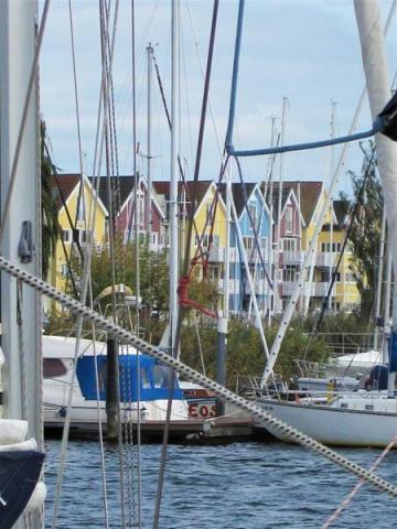 Eos in der Wiek versteckt, Hanse-Schiffsbau (1) (Copy)
