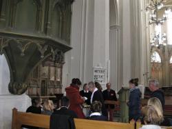 GOTTESDIENST DOM NICOLAI, Taufe mit Taufwasserfläschchen (5) (Copy)