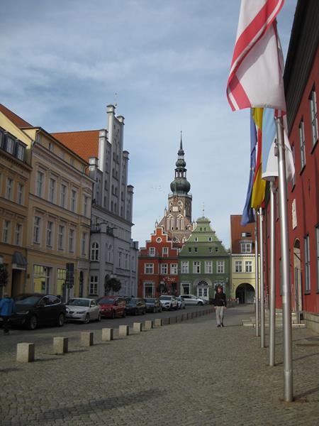 Marktplatz Greifswald 3 (1) (Copy)